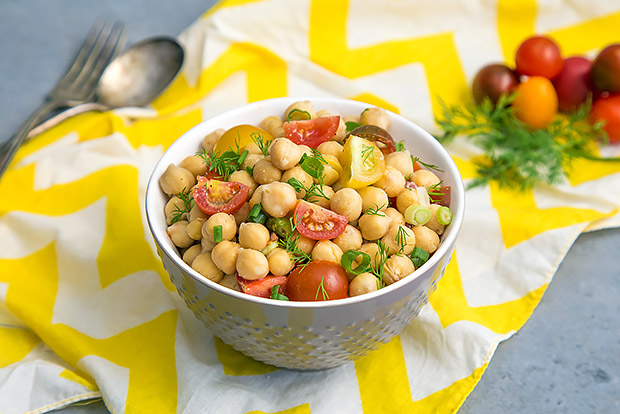 Chickpea Salad with Tomatoes Recipe