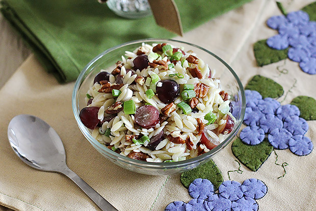 pasta salad w/ grapes and pecans recipe