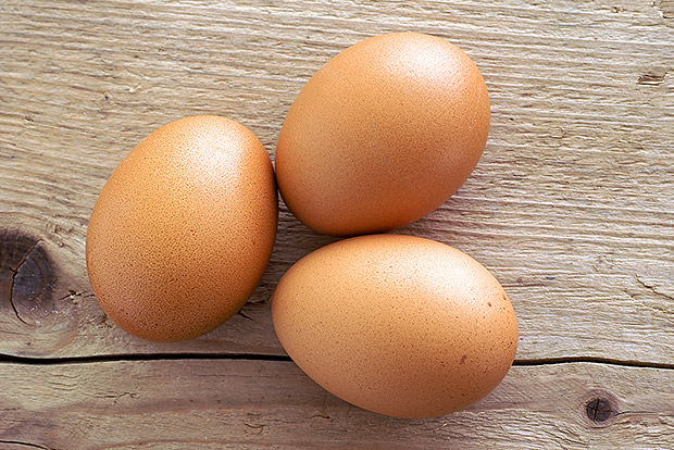What Health Experts Say About Eggs and Cholesterol