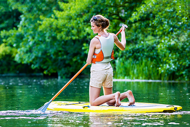 Work out in the Water – Stand Up Paddleboarding